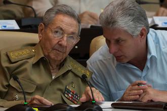 Рауль Кастро и Мигель Диас-Канель