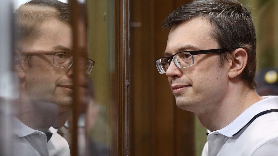 Почему экс-замглавы СКР Денис Никандров вышел по УДО