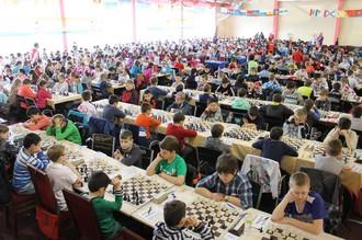 В поселке Лоо стартовало Всероссийское детское шахматное первенство