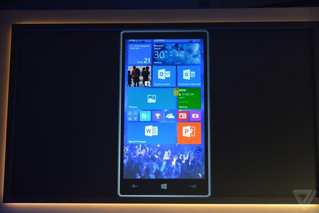 Рабочий стол мобильной Windows 10. Фотография: The Verge