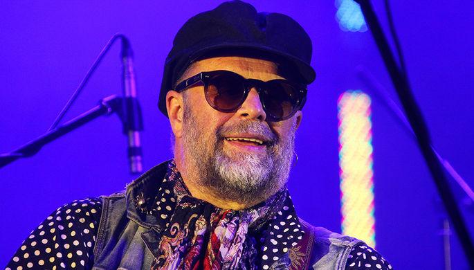 Борис Гребенщиков выступает на фестивале «Усадьба Джаз» в Архангельском