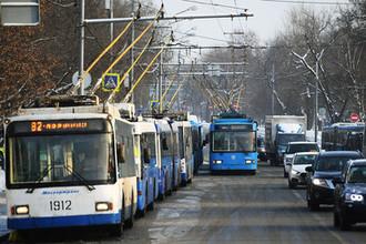 Спасет общественный транспорт: ГИБДД борется с загруженностью дорог