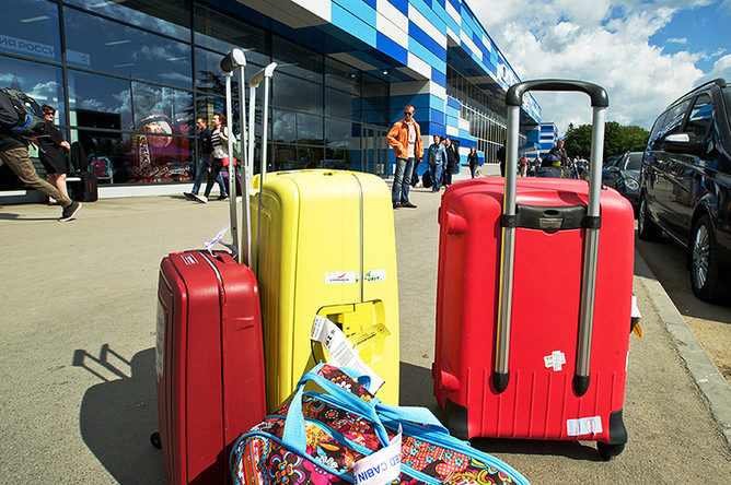Багаж в международном аэропорту Симферополь