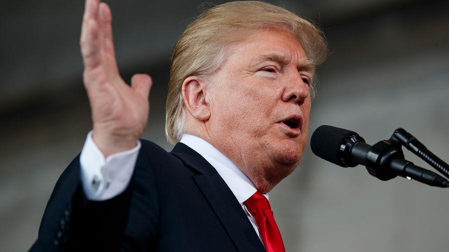 Трамп возмутился законом о бюджете, но подписал его