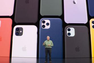 Новые iPhone 11 и iPhone 11 Pro на презентации компании Apple, 10 сентября 2019 года