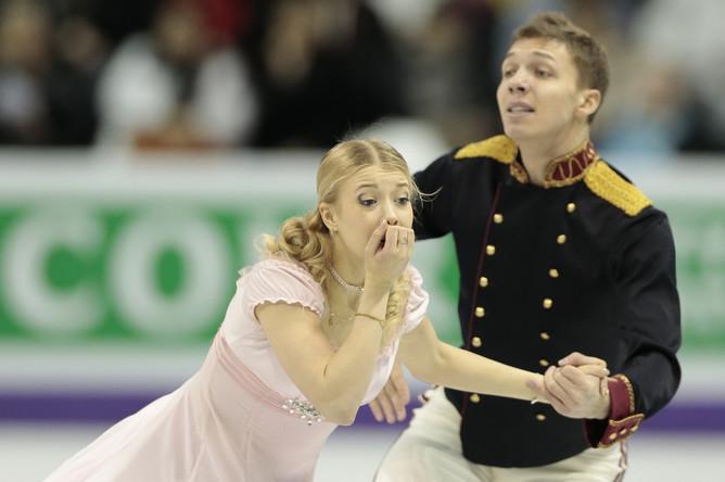 Боброва и Соловьев при исполнении короткой программы, где они заняли третье место