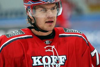Сийм Лийвик считает расистами хоккеистов, которые называют его русским