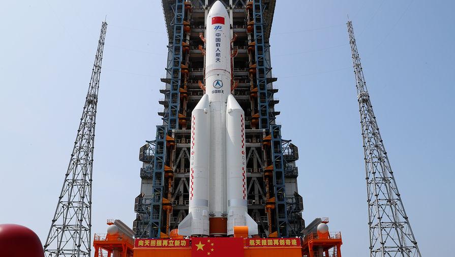 Роскосмос подтвердил падение неуправляемой китайской ракеты в Индийский океан