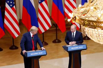 Президент США Дональд Трамп и президент России Владимир Путин во время пресс-конференции по итогам встречи в Хельсинки, 16 июля 2018 года