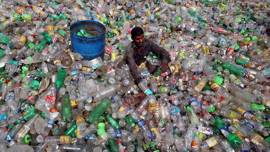 Ученые случайно улучшили фермент, разлагающий пластик