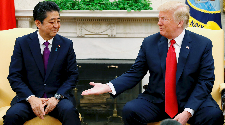 Трамп обсудил с Абэ атаку на танкеры
