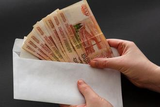 Триллионы в конвертах: почему в России растет теневой сектор