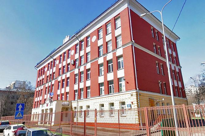 Здание московской школы 363 в Алымовом переулке