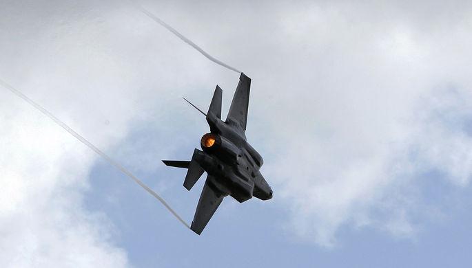 Быстро не летать: на F-35 наложили ограничения