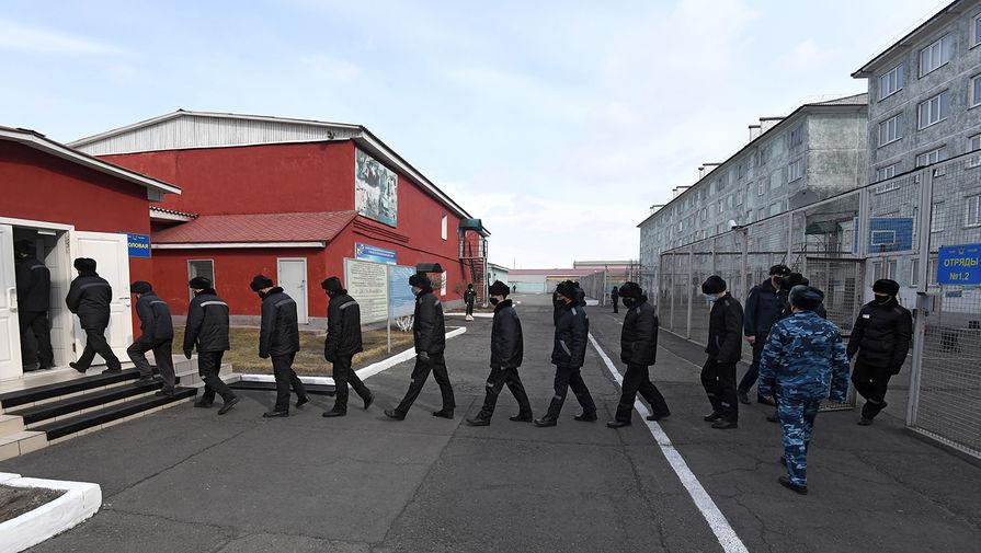 Двое заключенных сбежали из колонии в Новосибирской области
