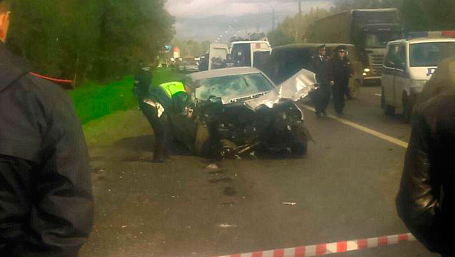 Полицейского, устроившего ДТП стремя погибшими вПодмосковье, сократили