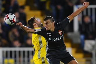 Роман Еременко во время последнего на данный момент своего официального матча против «Ростова»
