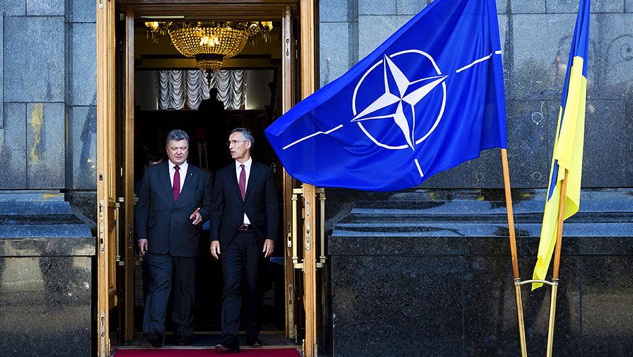 Курс на ЕС и НАТО: украинские учебники по истории дополнят