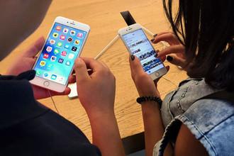 Без рук: эксперты взломали iPhone десятью разными способами