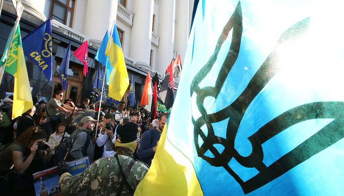 Марш во время карантина: чего националисты требуют от Зеленского