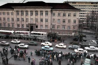Вильнюс, январь 1991 года. У здания телецентра