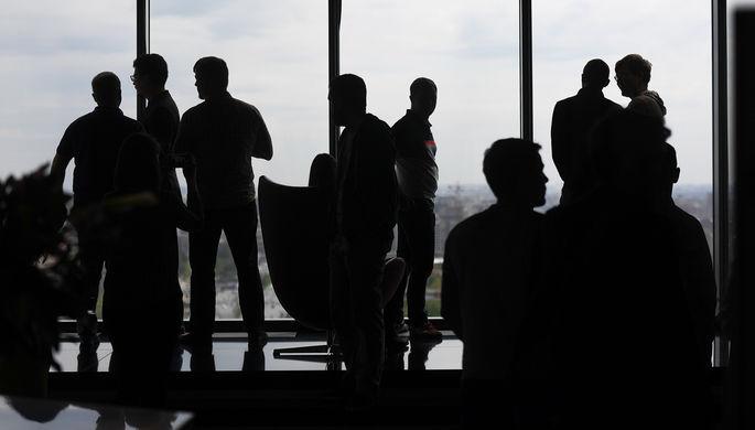 «Рынок работодателя»: треть россиян ожидает урезания зарплат