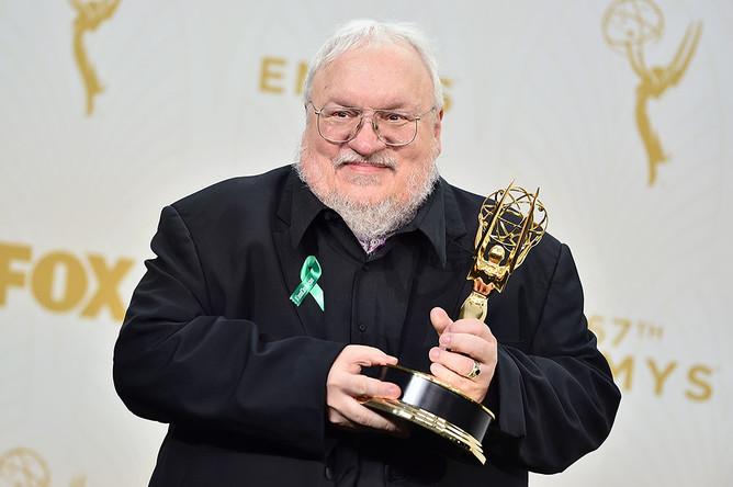 Писатель Джордж Р. Р. Мартин на церемонии Emmy Awards 2015