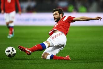 Георгий Джикия (Россия) в товарищеском матче между сборными командами России и Аргентины.
