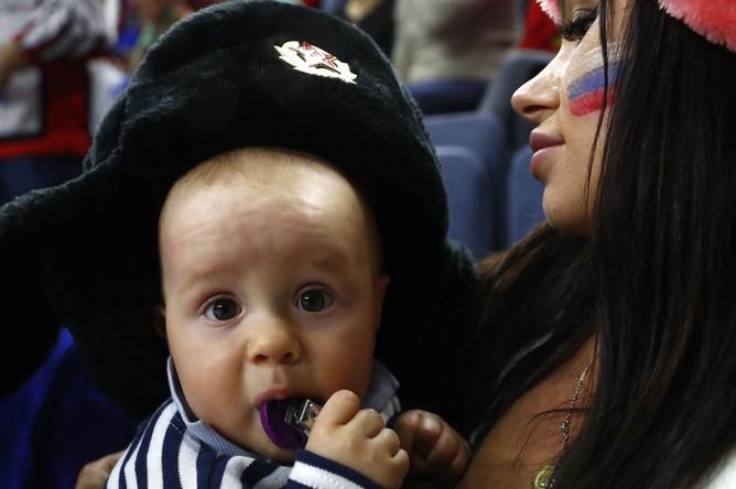 Юный болельщик сборной России на матче с США