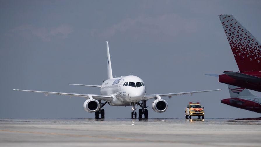 США и Китай нарастили число авиарейсов между двумя странами