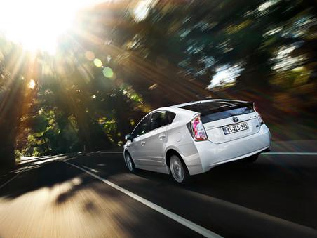 Toyota �������� 1,9 ��� ��������� ����������� Prius �� ����� ����, � ��� ����� � �� ������