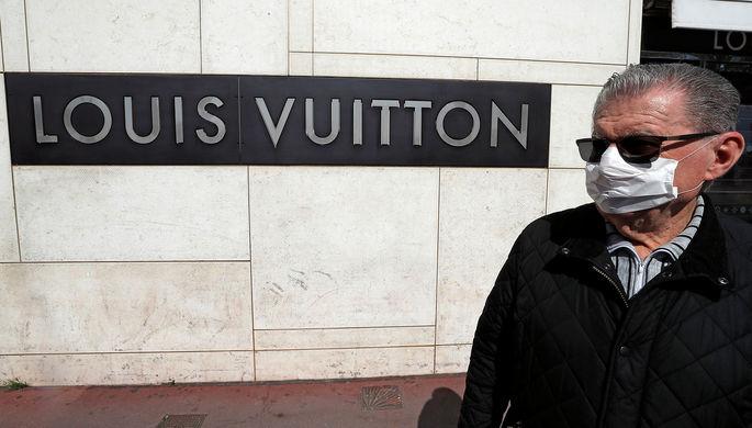 Больше не нужны: модные дома закрыли бутики