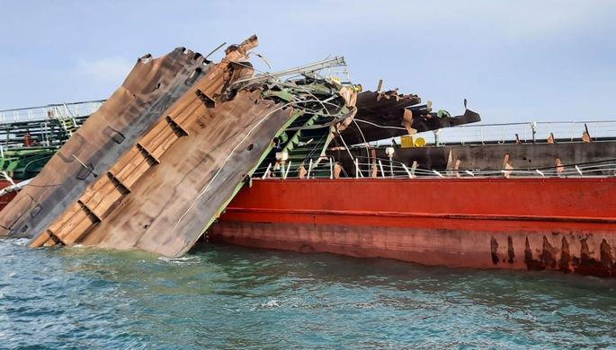 Надежды нет: поиски пропавших в Азовском море моряков остановлены