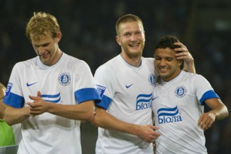 Игроки «Днепра» радуются победе над «Динамо»