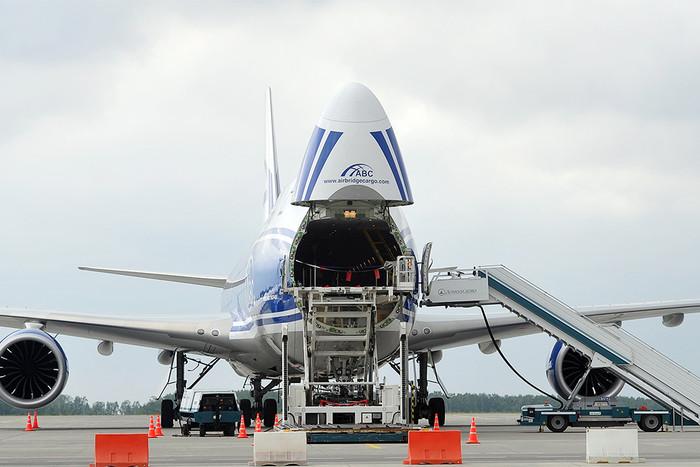 Суд в США разрешил Boeing продать самолеты, заказанные для «Волга-Днепр»
