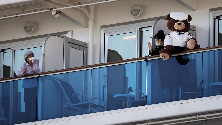 Круизное судно Diamond Princess в порту Иокогамы, 16 февраля 2020 года