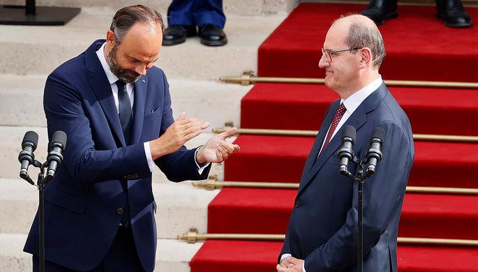 Экс-премьер министр Франции Эдуар Филипп во время передачи полномочий новому премьеру Жану Кастексу в Париже, 3 июля 2020 года