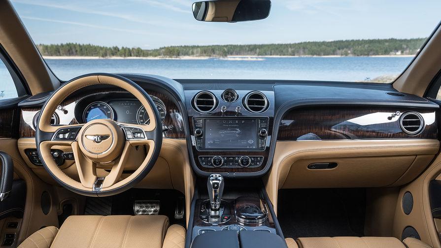Bentley не любит ограничивать фантазии людей, которые готовы платить. Поэтому тем, кому предложенных...