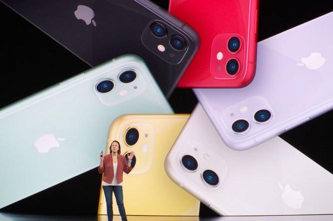 Новые iPhone 11 на презентации компании Apple, 10 сентября 2019 года