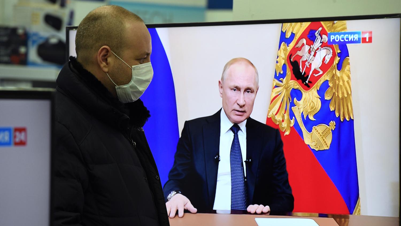 Путин подписал указ о нерабочей неделе в РФ - Газета.Ru