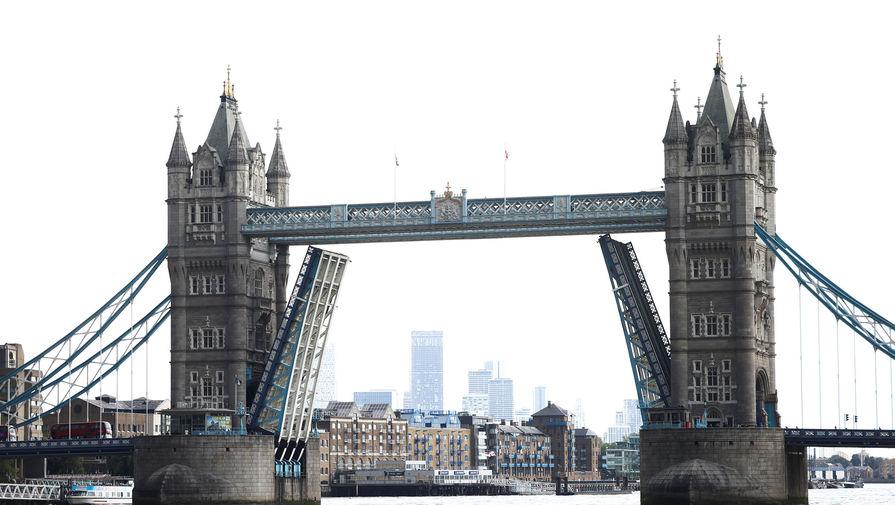 Роспотребнадзор отменил самоизоляцию для прибывающих в Россию из Великобритании