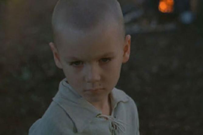 Первая роль Филиппа Янковского. Кадр из фильма «Зеркало» (1974)