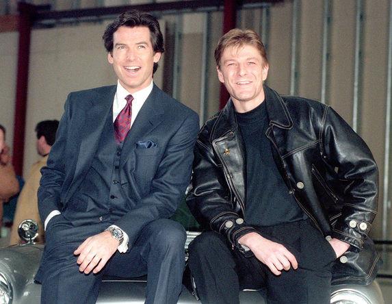 Актеры Пирс Броснан и Шон Бин, 1995 год