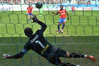 Сейду Думбия заработал и реализовал пенальти в матче с «Рубином»