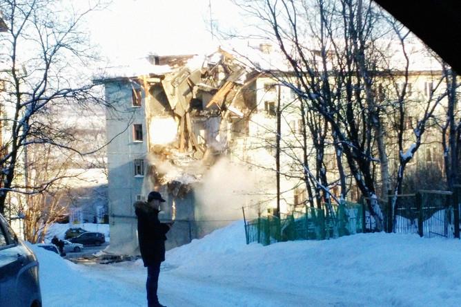 Последствия взрыва на улице Свердлова в Мурманске, 20 марта 2018 года