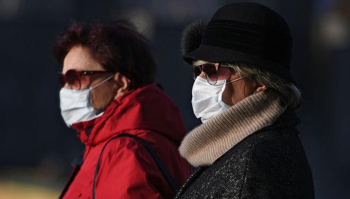 Иммунная прослойка: врач назвал условия для окончания пандемии COVID-19