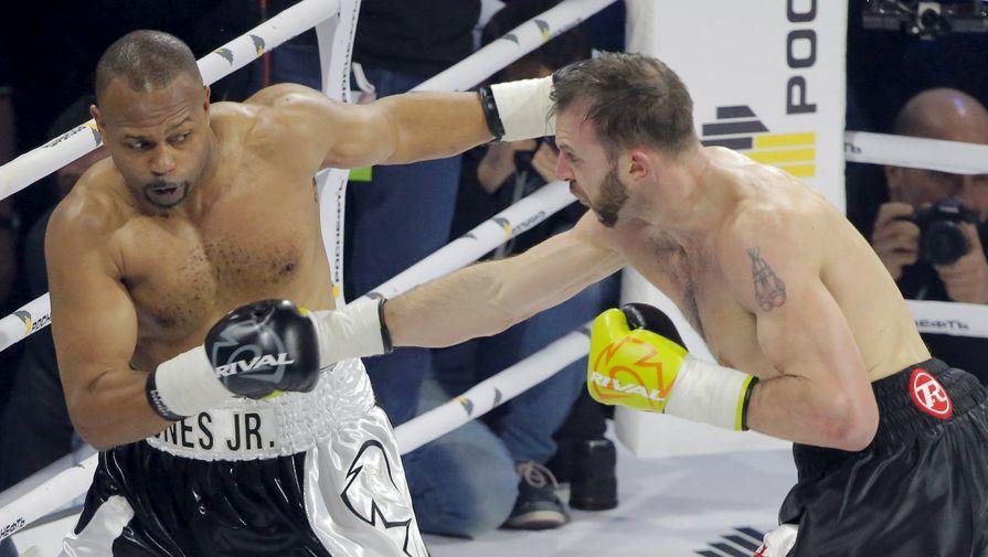 Боксер Рой Джонс-младший и британец Энцо Маккаринелли