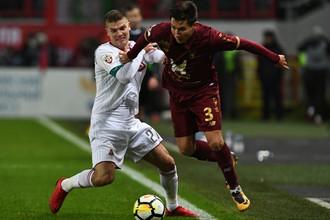Игорь Денисов (в белом) против Эльмира Набиуллина
