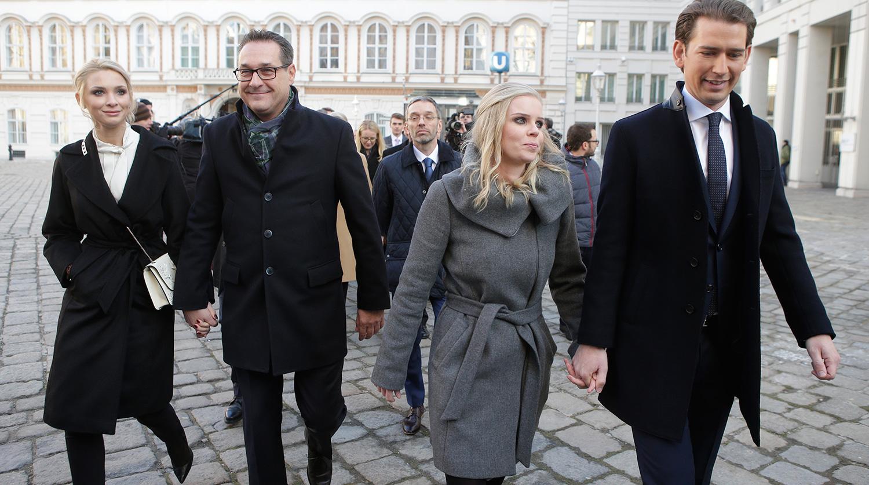 Спутавшийся с россиянкой вице-канцлер Австрии прояснил ситуацию