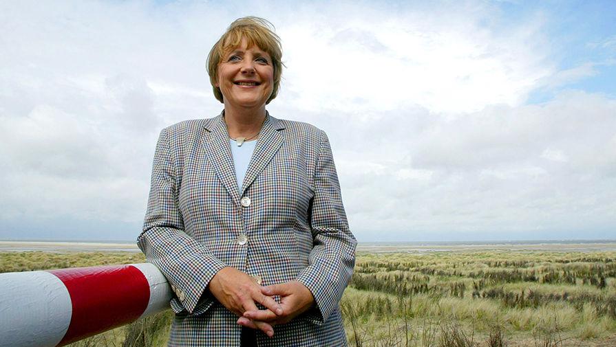 FAZ рассказала о возвращении Меркель из отпуска